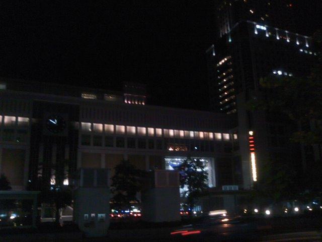 夜のさぁっぽろぉ〜♪